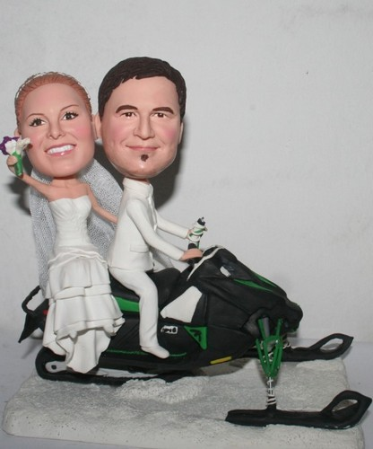 wedding bobbleheads